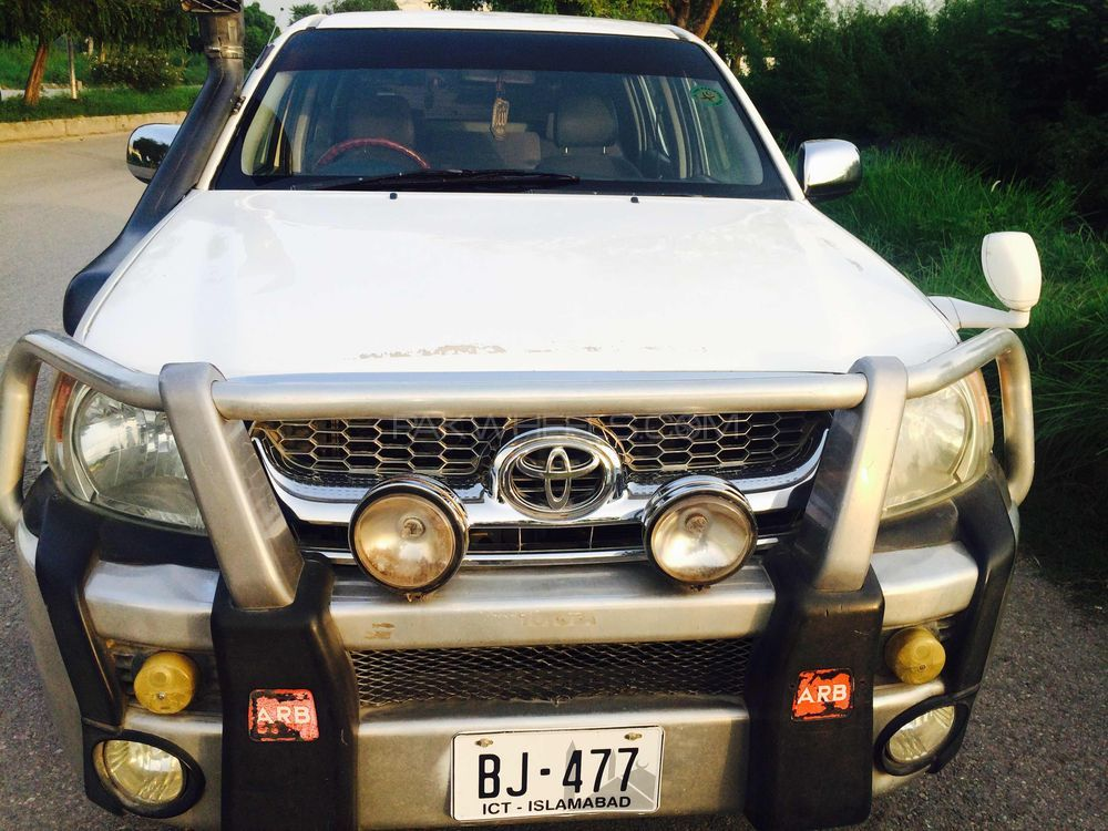 Toyota Hilux 4X2 Single Cab Deckless 2009 Image-1