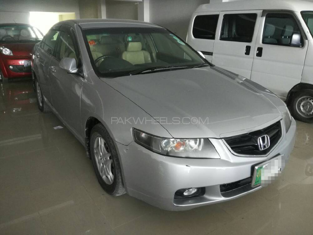 Honda Accord CL7 2004 Image-1