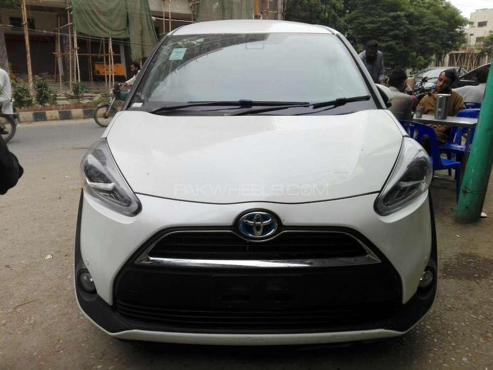 Toyota Sienta 2015 Image-1