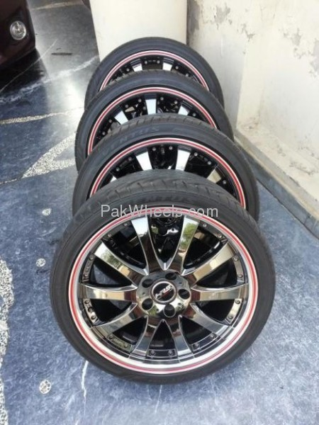 19 Inch Black Chrome Staggered Rims For Sale For Sale In Lahore Parts Amp Pakwheels