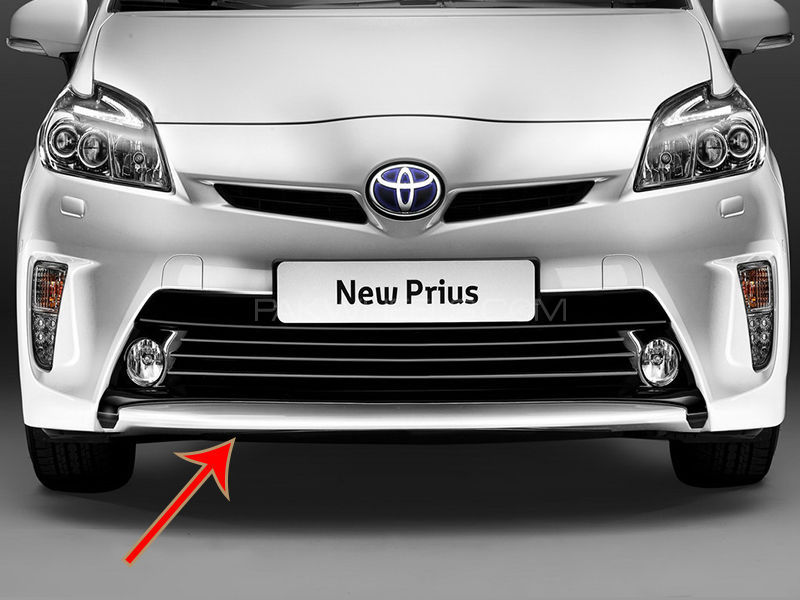 Front Bumper Toyota Pruis 1.8 Facelift  in Lahore