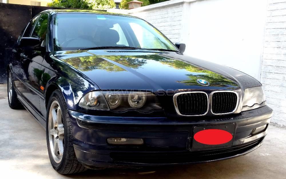 BMW 3 Series 318i 2001 Image-1