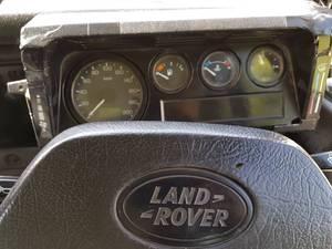 Slide_land-rover-defender-130-2-2005-18319098