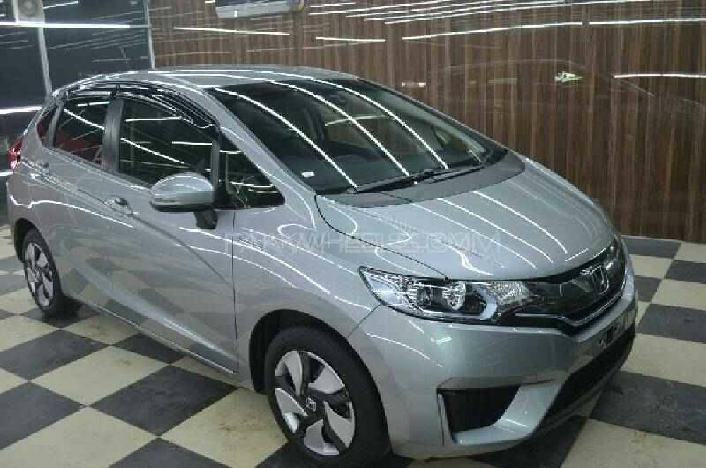 Honda Fit 1.5 Hybrid L Package 2014 Image-1