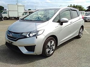 Slide_honda-fit-hybrid-f-package-2014-18371415