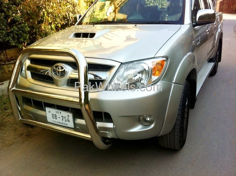 Toyota Hilux Vigo Champ G 2012 Image-3