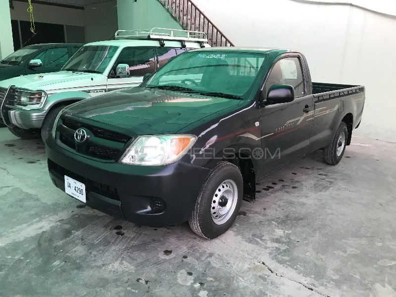 Toyota Hilux 4X2 Single Cab Deckless 2012 Image-1