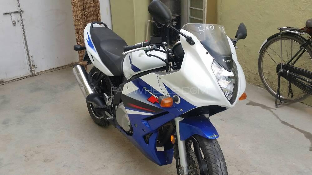 Suzuki GS500F 2009 Image-1