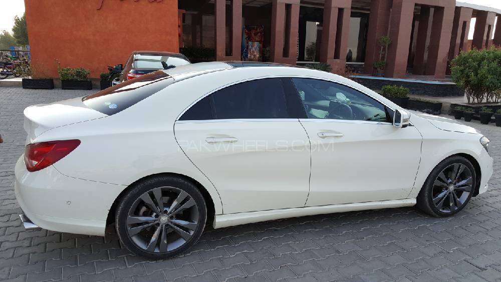 Mercedes benz cla class cla180 2015 for sale in lahore for 2015 mercedes benz cla class