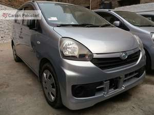 import 2017 Excellent condition Neat and Clear interior and exterior 4 Grade Aution sheets CD Player Tyres condition is good