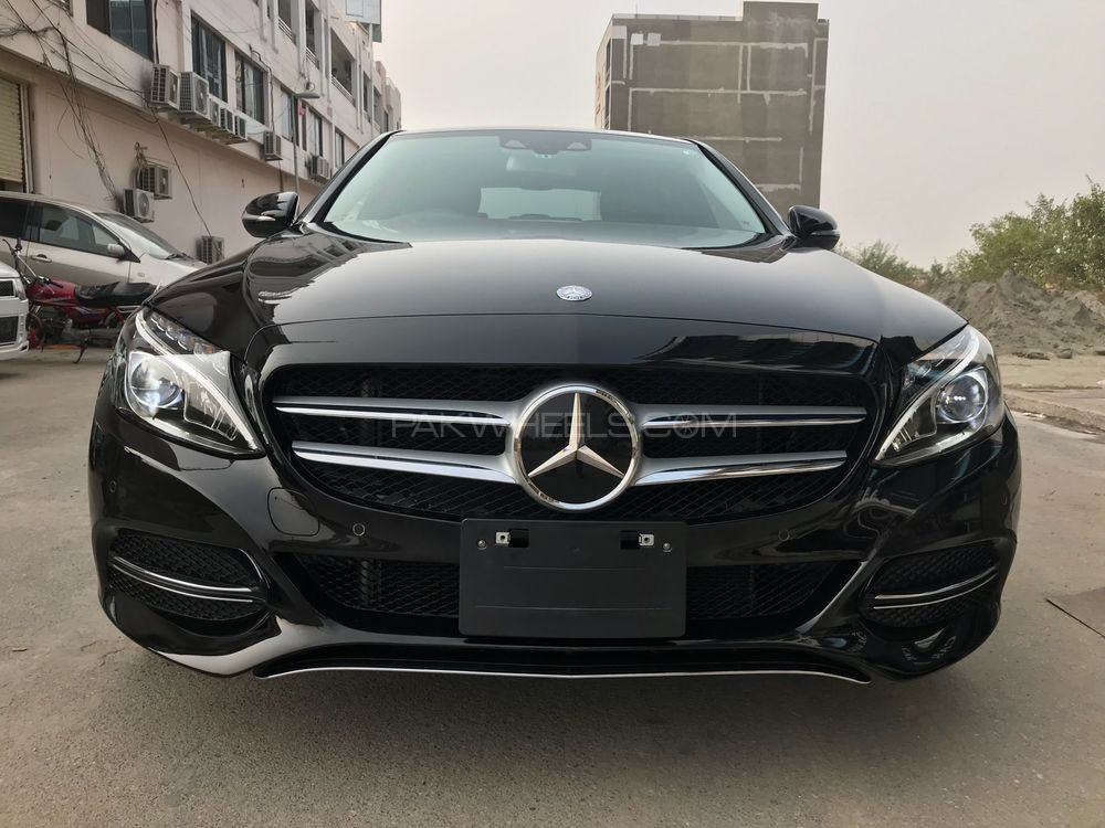 Mercedes benz c class c180 2014 for sale in islamabad for Mercedes benz sports cars