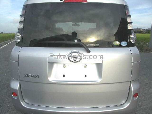Toyota Sienta X LIMITED 2007 Image-4