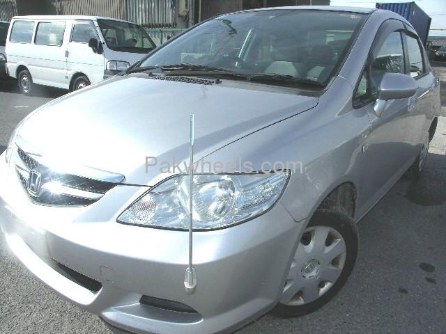 Honda Fit X 2007 Image-3