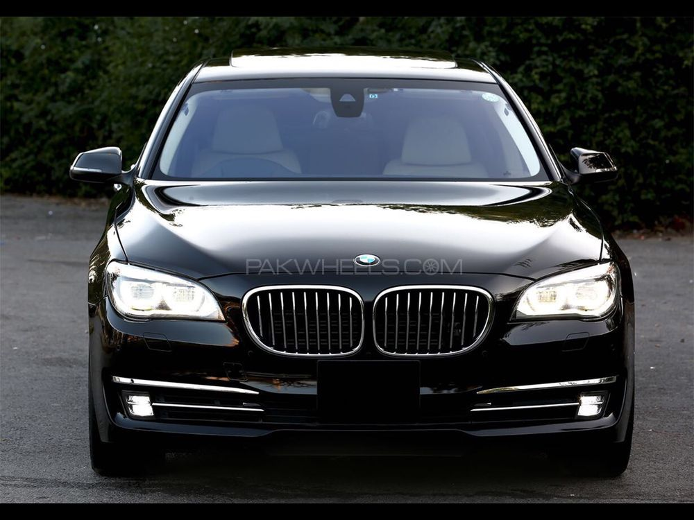 bmw 7 series activehybrid 7 2014 for sale in islamabad. Black Bedroom Furniture Sets. Home Design Ideas