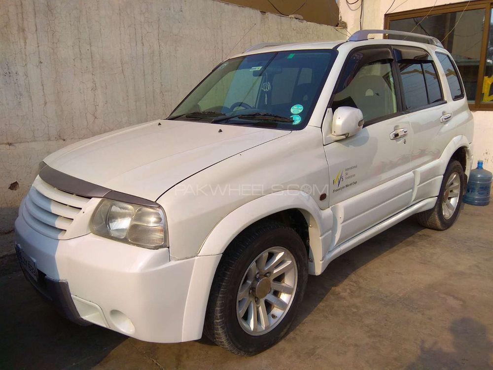Suzuki Escudo 2003 Image-1