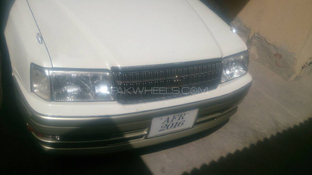 Toyota Crown Royal Saloon G 1998 Image-1