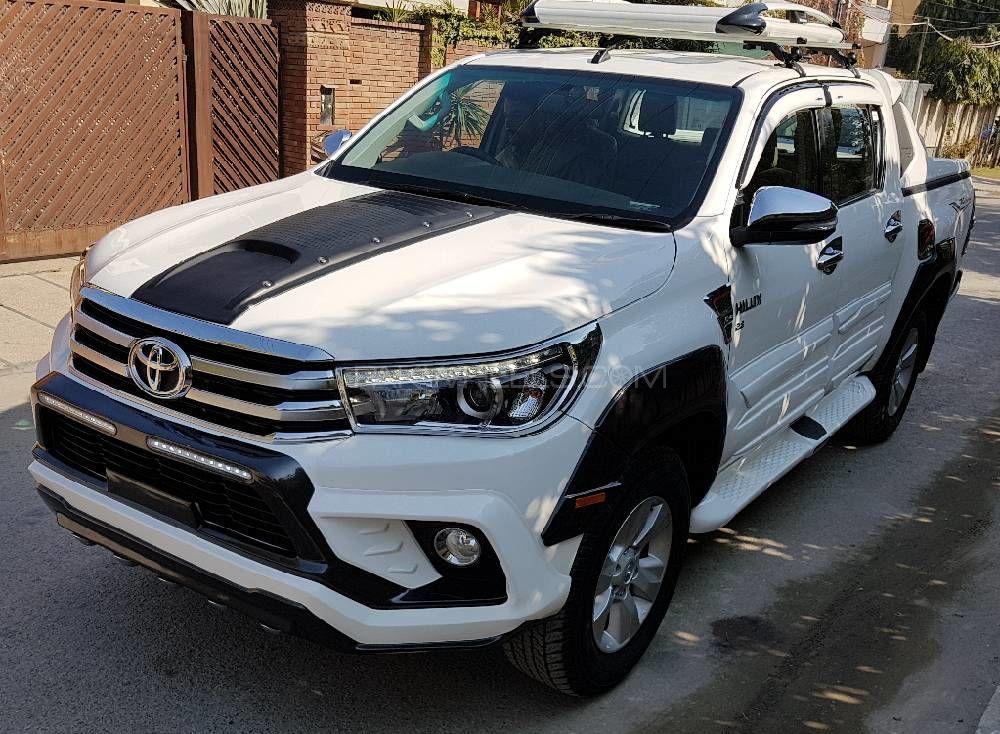 Toyota Hilux Revo G Automatic 2.8 2016 Image-1