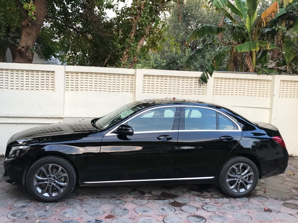Mercedes benz c class c180 2018 for sale in islamabad for Mercedes benz house of imports service