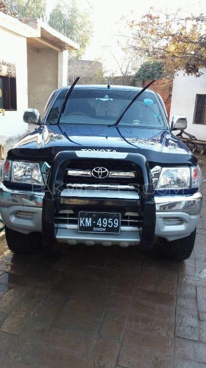 Toyota Hilux 4x4 D/C (Up Spec) 2003 Image-1