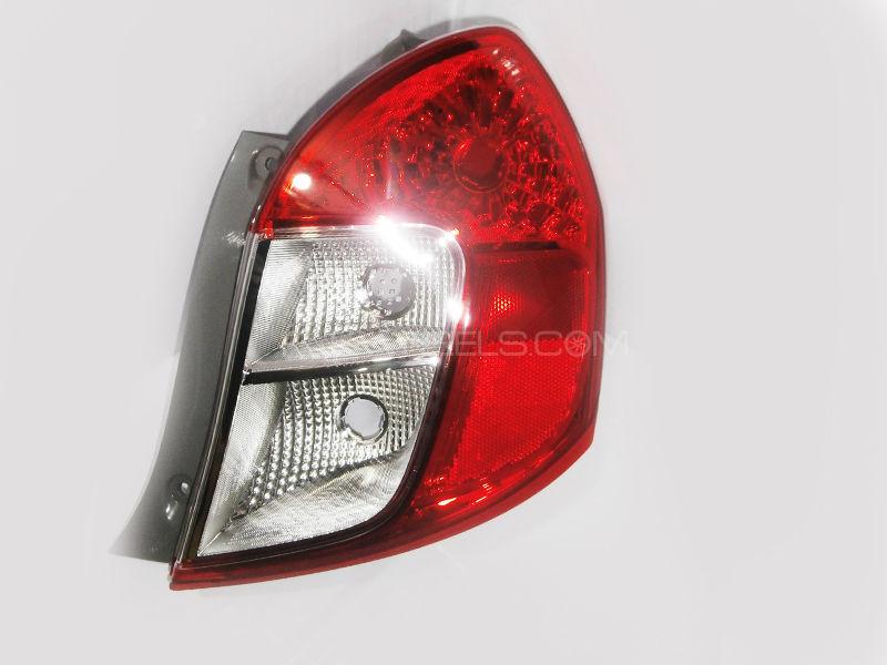 Suzuki Cultus 2017-2020 Back Light Genuine RH Image-1