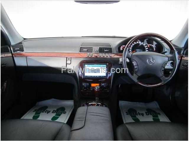 Mercedes Benz E Class E320 2002 Image-1