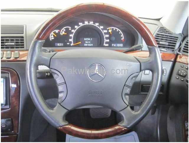 Mercedes Benz E Class E320 2002 Image-4