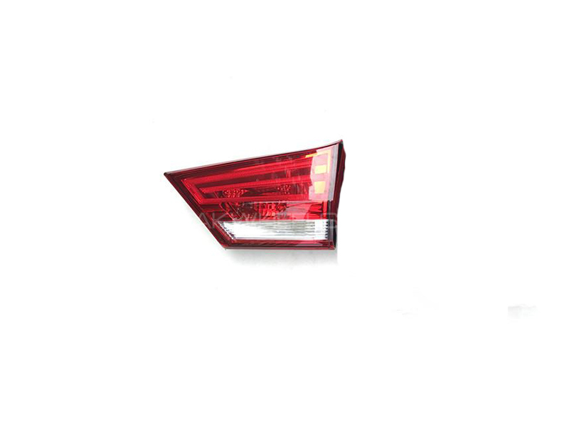 Suzuki Ciaz Inner Tail Light RH in Lahore