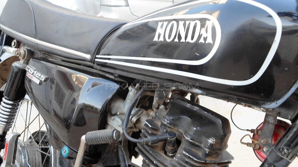 Tylko na zewnątrz Used Honda CG 125 2003 Bike for sale in Karachi - 214160 YN55
