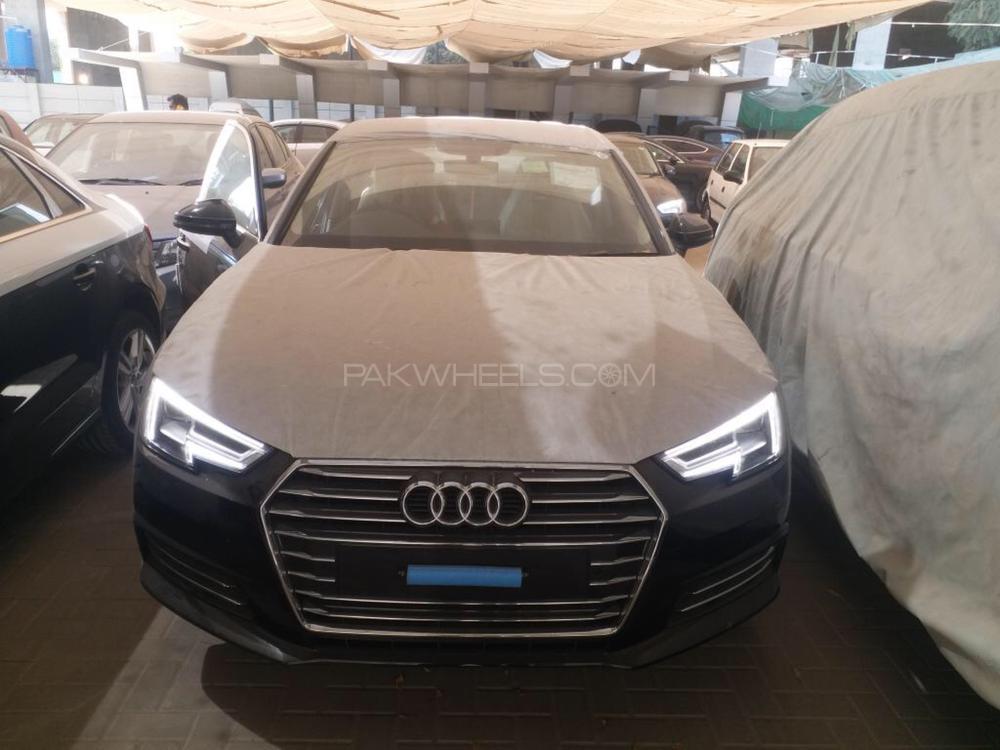 Audi A4 2018 Image-1