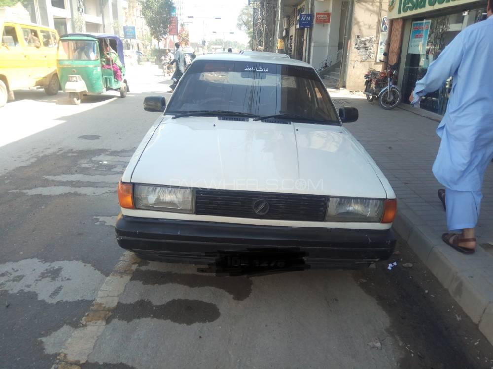 Nissan Sunny Super Saloon 1.6 (CNG) 1989 Image-1