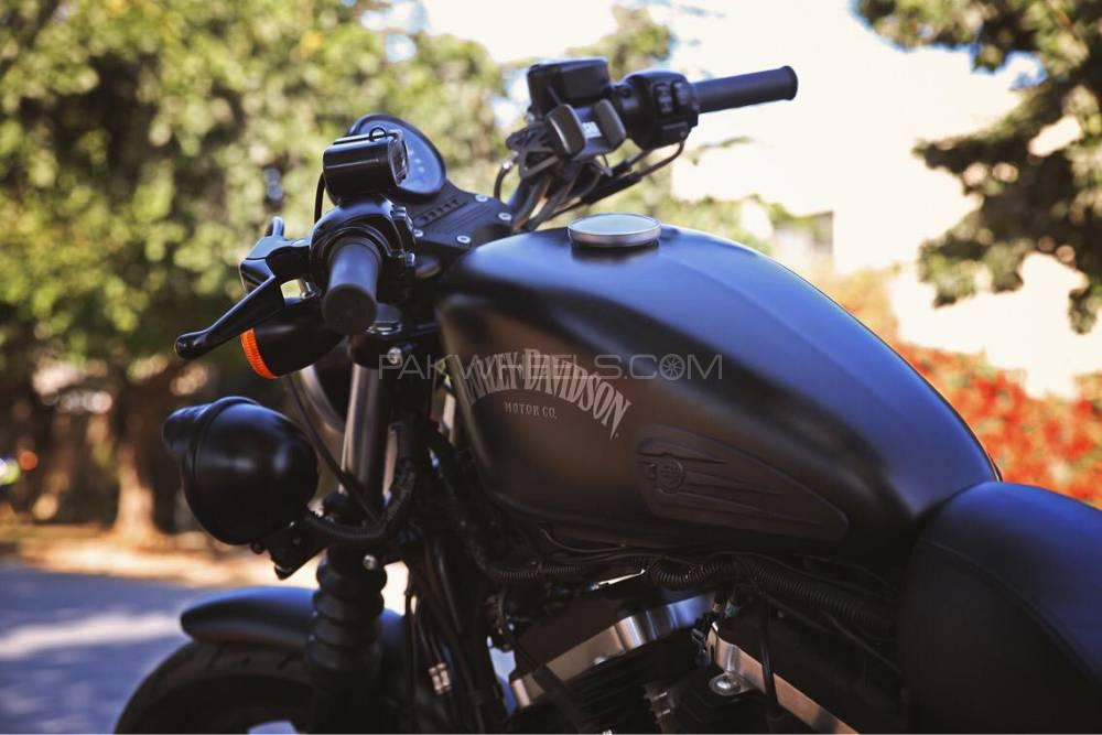 Harley Davidson Iron 883 2014 Image-1