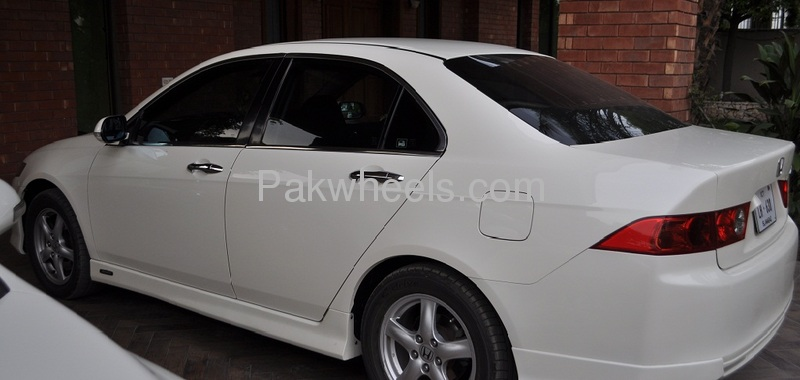 Honda Accord Cl9 2002 For Sale In Lahore Pakwheels