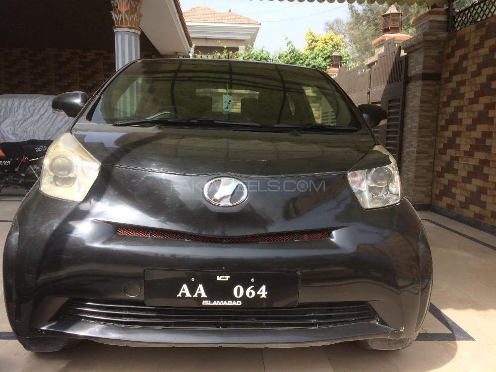 Toyota iQ 100X 2 Seater 2013 Image-1