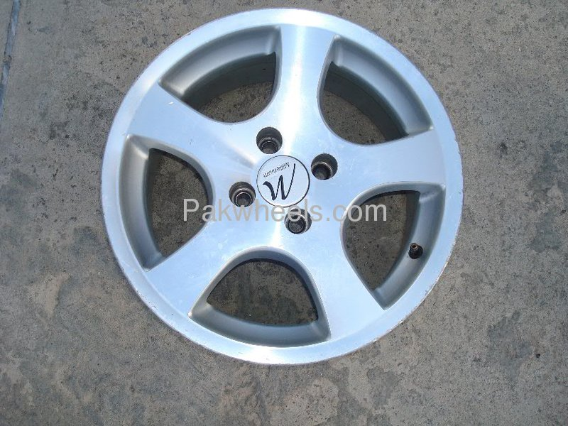15 inch alloy rims for urgent sale for sale in islamabad car accessory 755199 pakwheels. Black Bedroom Furniture Sets. Home Design Ideas