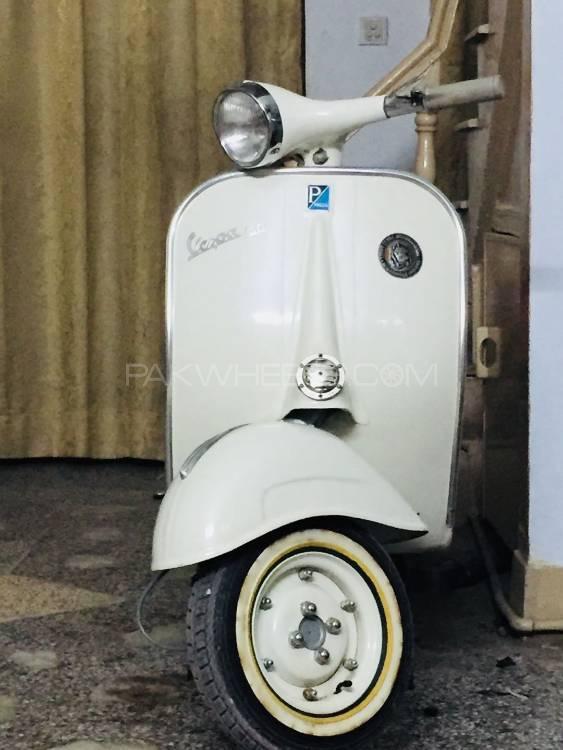 Vespa 150cc 1964 Image-1