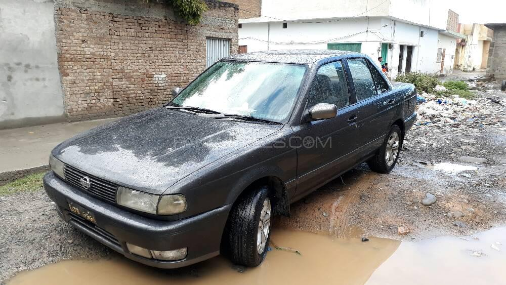 Nissan Sunny Super Saloon 1.6 (CNG) 1991 Image-1