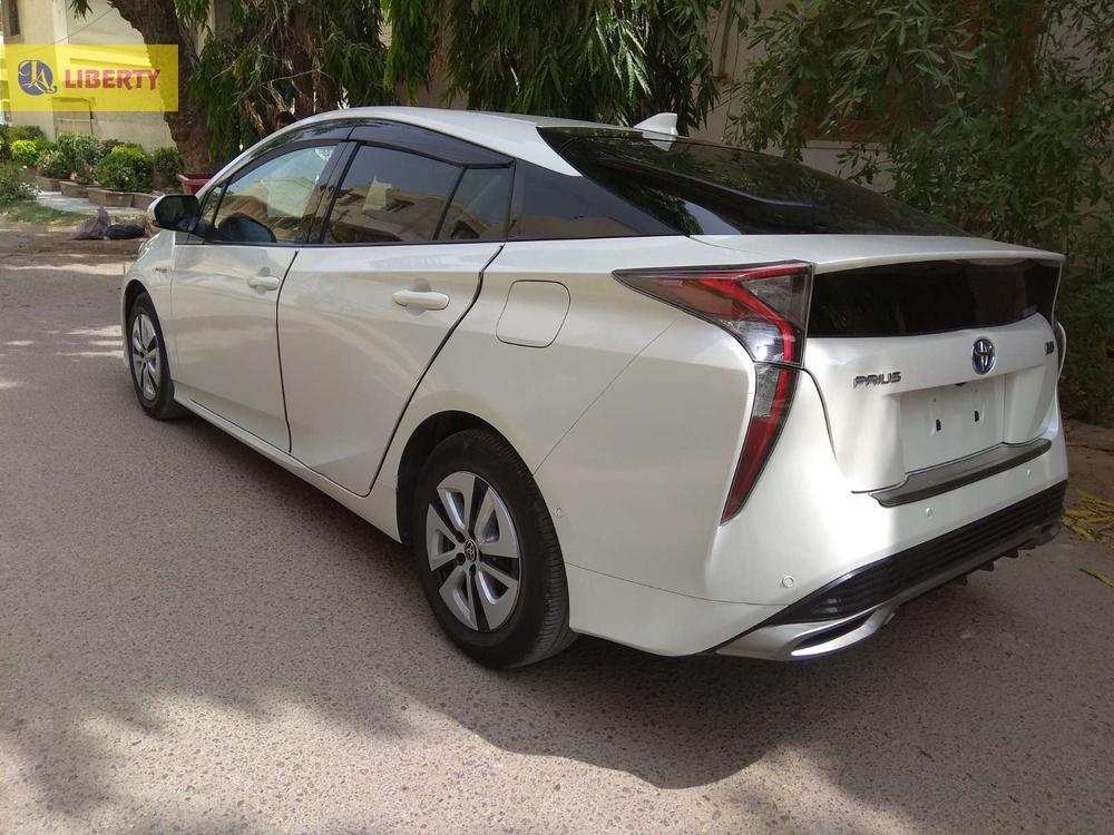 Toyota prius 2015 