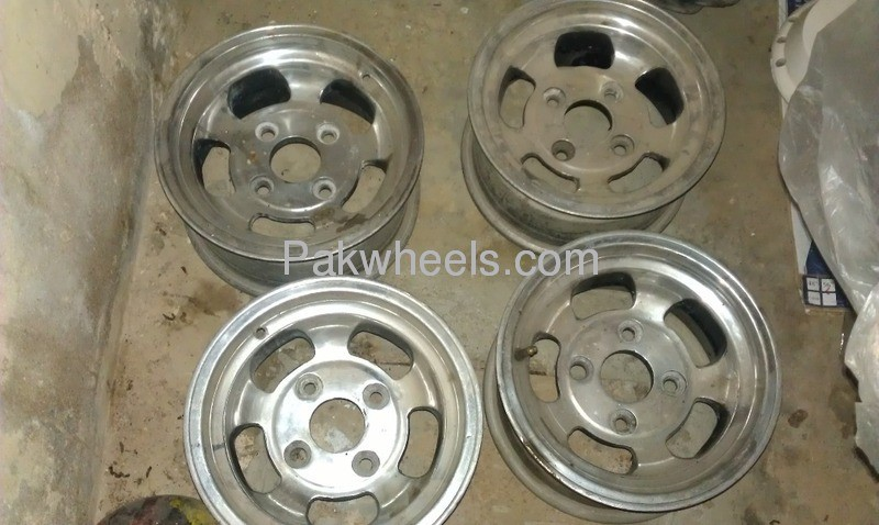 i want 12 13 size lite wight holo rims wanted in karachi parts pakwheels. Black Bedroom Furniture Sets. Home Design Ideas