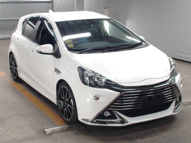 Toyota Aqua G 2015 Image-1