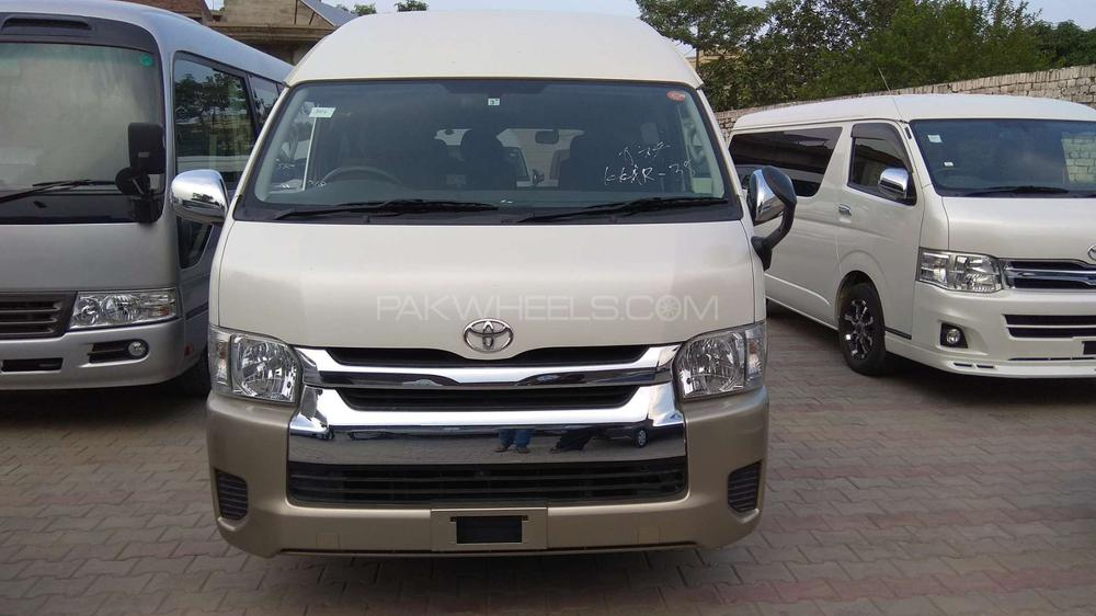 b597bffbd6850c Toyota Hiace Grand Cabin 2015 for sale in Lahore