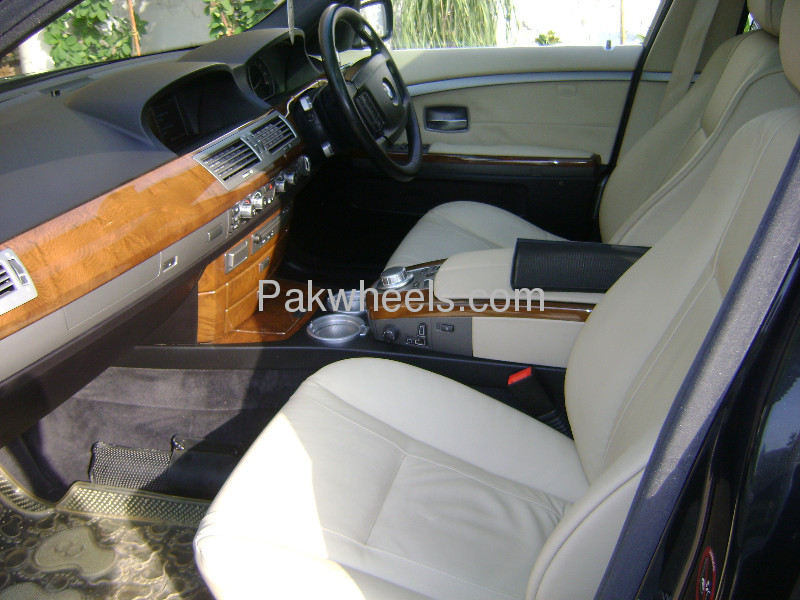 BMW 7 Series 740Li 2007 Image-6