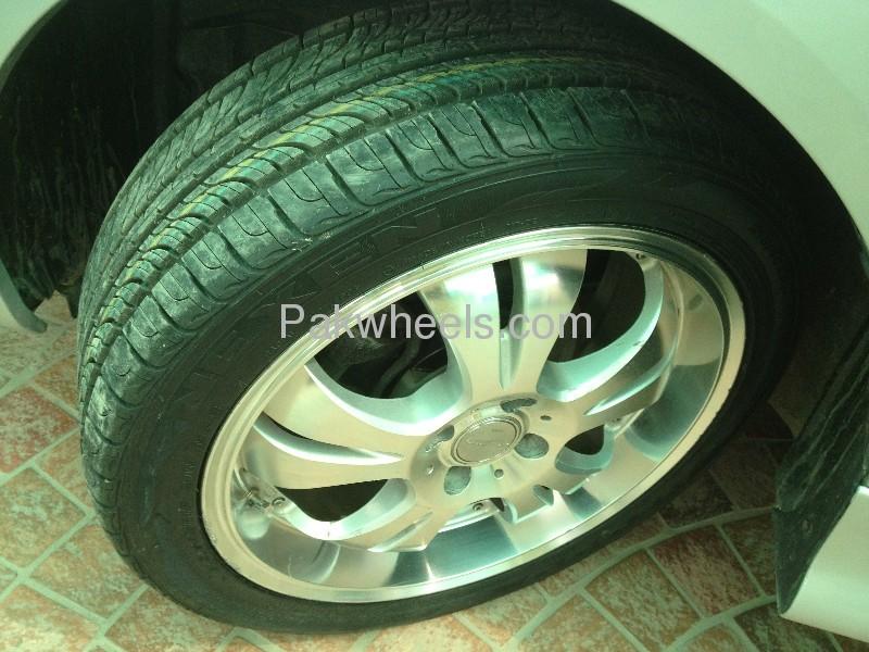 Toyota Corolla Luxel Premium Edition 2006 Image-6
