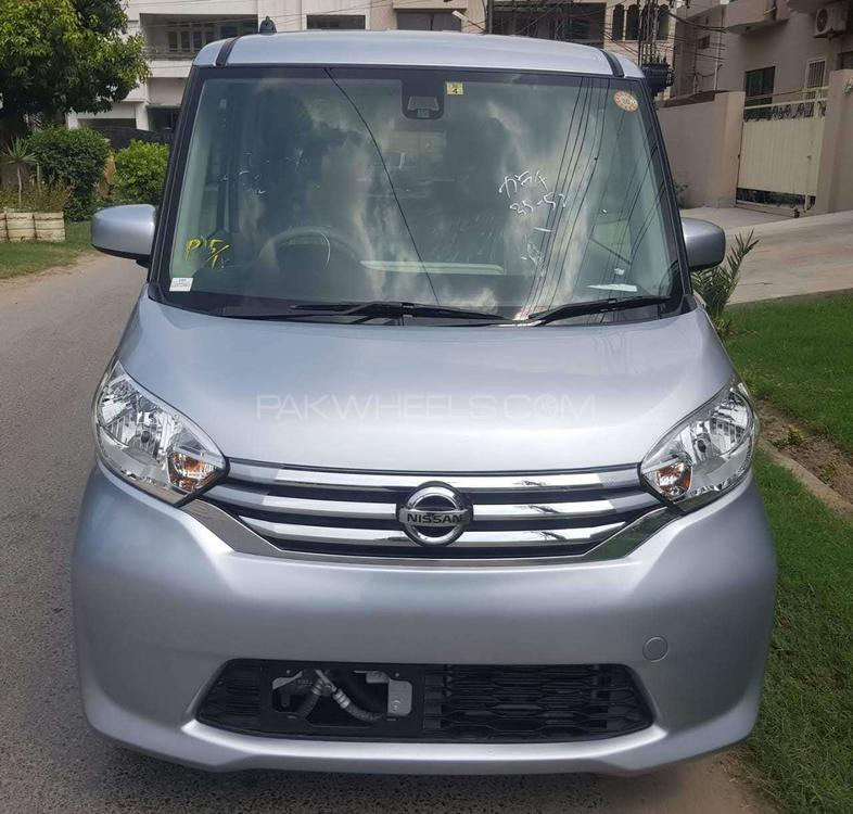 Nissan Roox G LIMITED 2015 Image-1