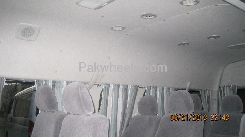 Toyota Hiace Grand Cabin 2009 Image-7