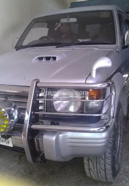 Mitsubishi Pajero Exceed 2.8D 1992 Image-3