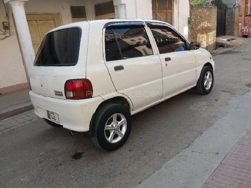Daihatsu Cuore CX Eco 2004 Image-1
