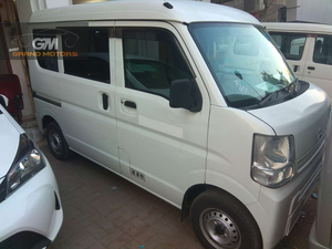 mitsubishi minicab new shape  In showroom condition.. Everything is in genuine condition.