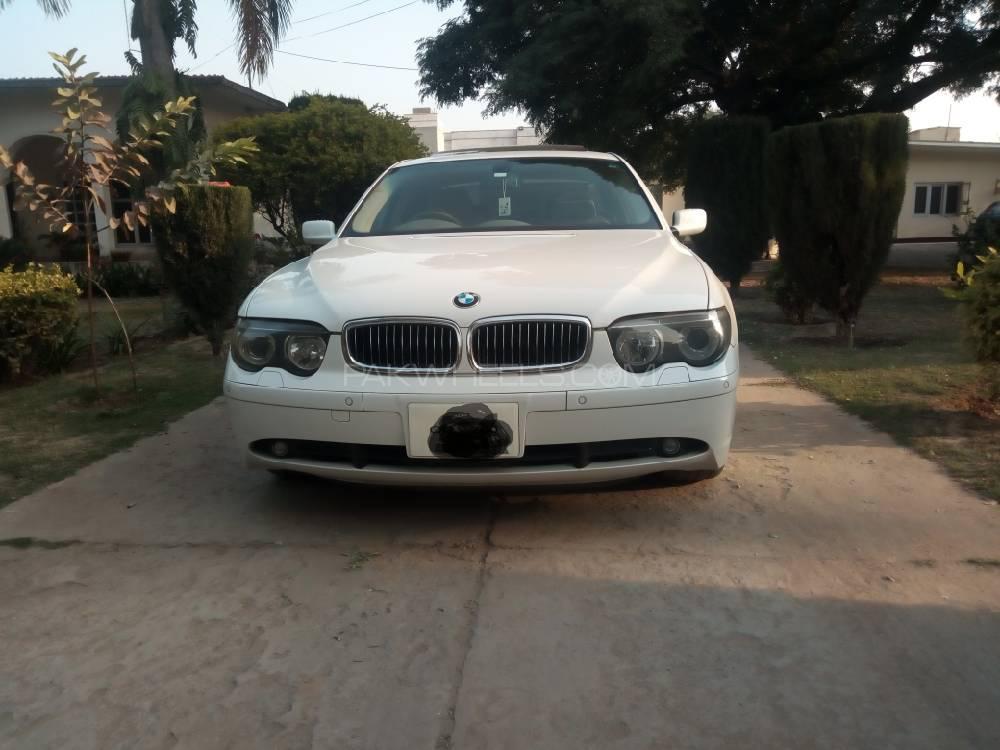 BMW 7 Series 745i 2003 Image-1