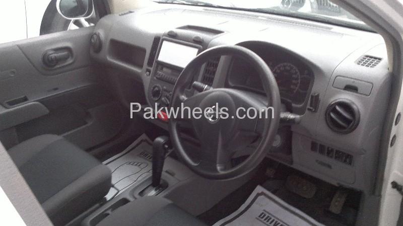 Nissan AD Van 2008 Image-6