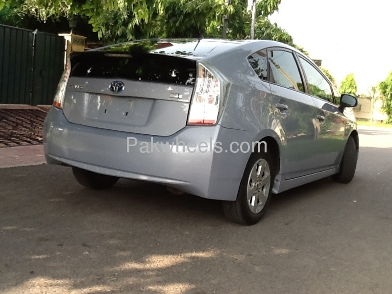 Toyota Prius S 1.8 2010 Image-7